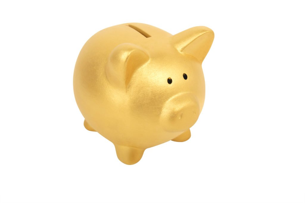 gold piggy bank, best ways to save money, save money on banking needs, cut costs on banking