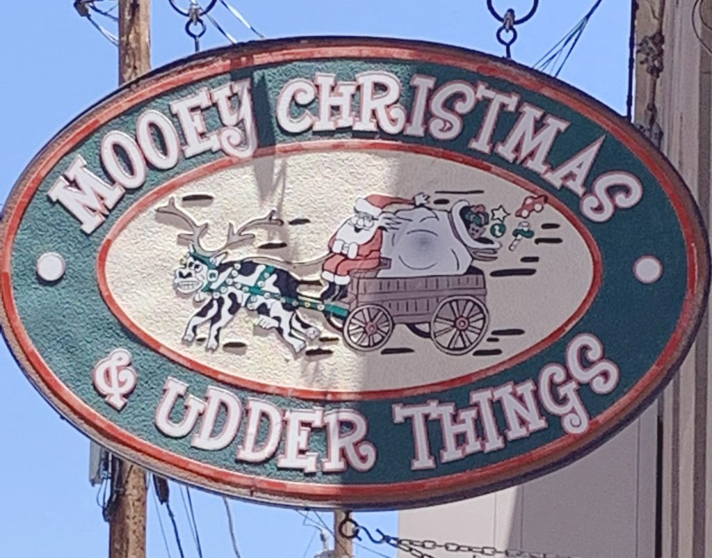 Mooey Christmas and Udder Things Shop in Jerome, Arizona, christmas ornaments and other keepsakes
